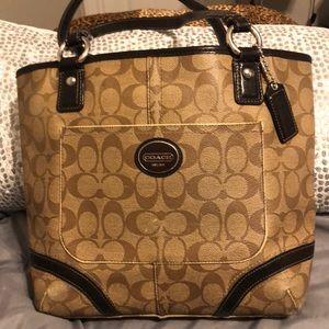 Medium size classic brown coach bag